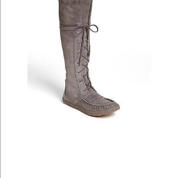 Somaya Ugg Tall Boot Suede Grey Moccasins